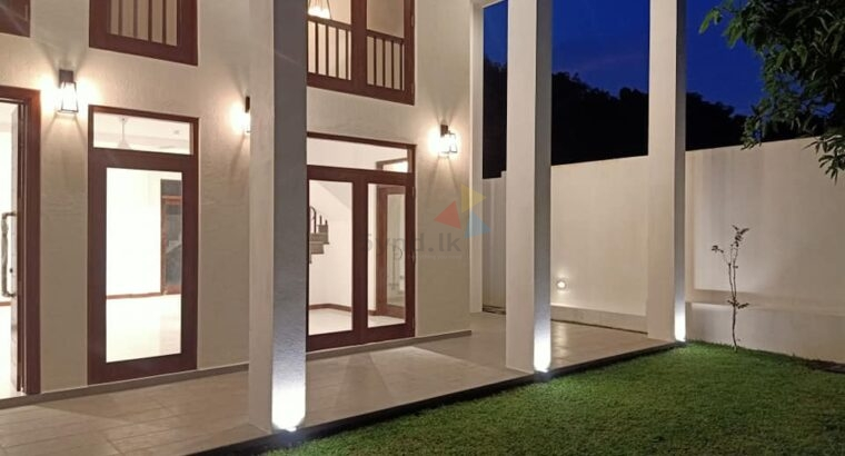 3 Storey Brand New House For Sale in Pothuarawa