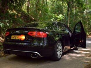 Audi RS4 2011