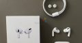 Airpods White Edition