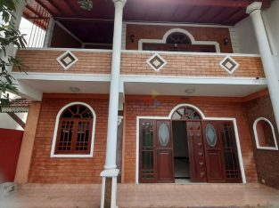 Two Story House For Rent In Rajagiriya