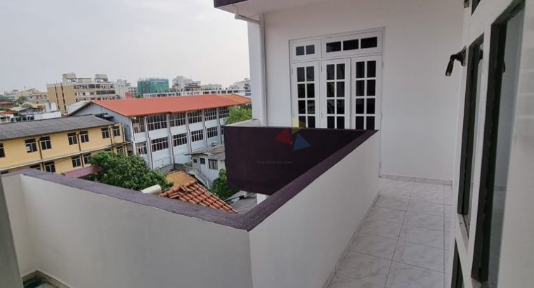 Apartment For Rent In Colombo 06