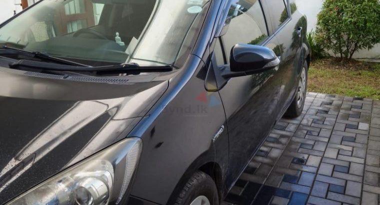Toyota Aqua G Limited 2012